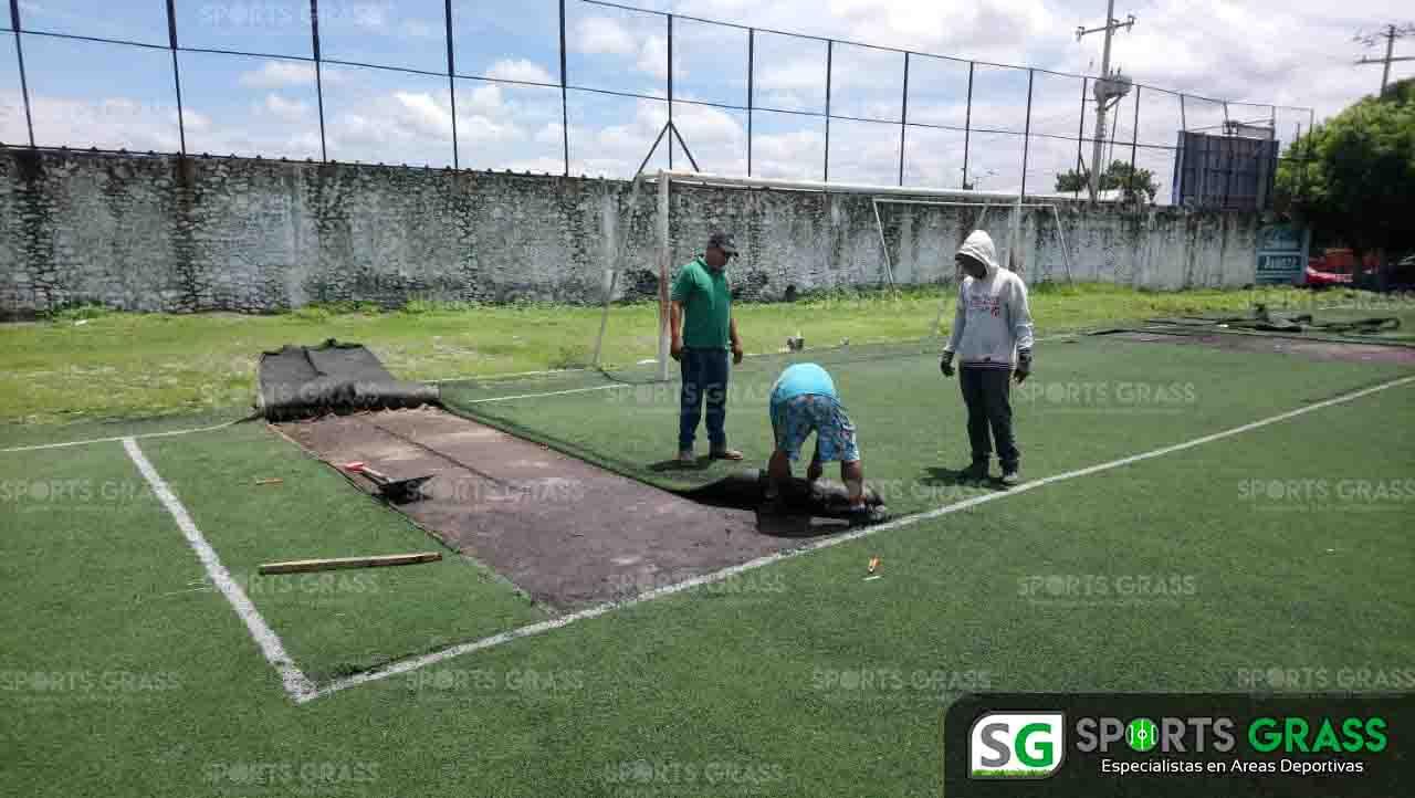 Cancha de fútbol soccer, reparación del círculo central de la cancha y áreas chicas Sports Grass 08