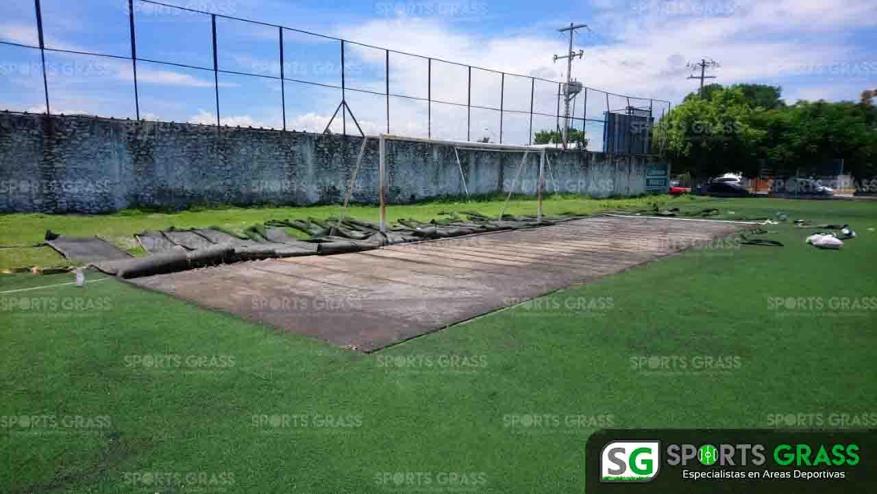 Cancha de fútbol soccer, reparación del círculo central de la cancha y áreas chicas Sports Grass 10