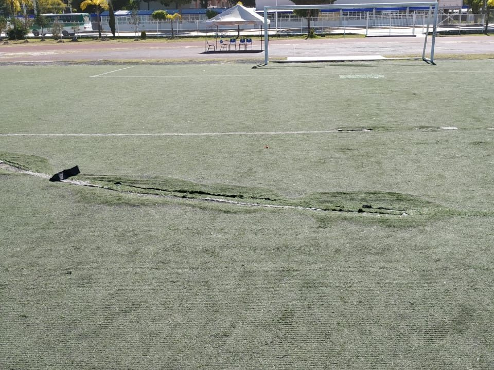 Cancha Futbol Soccer BINE Benemerito Instintuto Normal del Estado Puebla Sports Grass 05